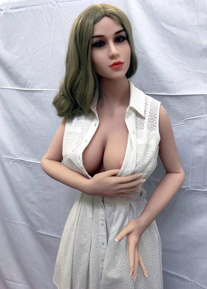 """Внутри первого британского """"борделя с секс-куклами"""" Маркетинговые хитрости, Секс-куклы, бордель, бордель-кукла, маркетинг от бога, маркетинговый ход, секс-кукла, тест-драйв"""