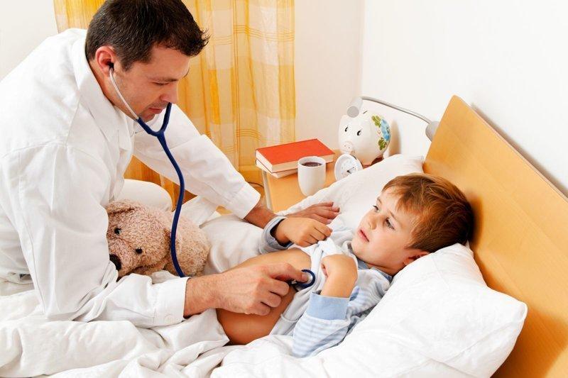 Даже дети лучше себя ведут. Фельдшер — о капризах взрослых при 37,5 Байки врача, Дмитрий Беляков, скорая помощь