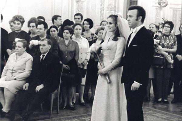 Иосиф Кобзон и Нинель Дризина, 1971 год актеры, звезды, знаменитости, политики, свадьба, эстрада