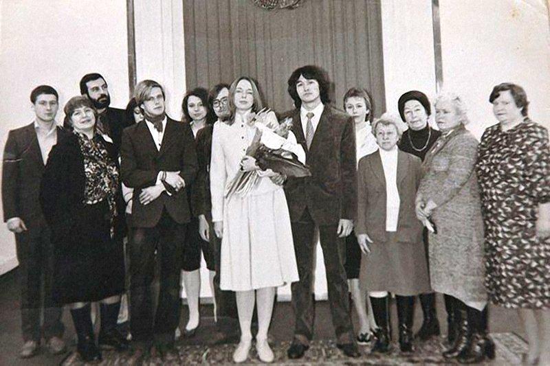 Виктор Цой и Марианна Ковалева, 1984 актеры, звезды, знаменитости, политики, свадьба, эстрада