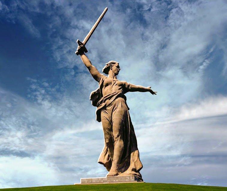 Скульптура «Родина-мать зовёт!» зовёт, маты, родина, скульптура