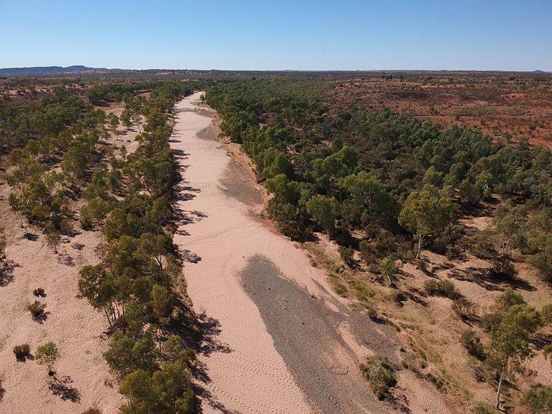 Высохшее русло реки австралия, в мире, животные, люди, природа, путешествие
