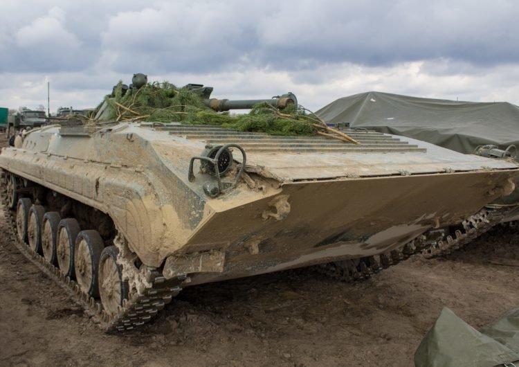 Получаемые вооруженными силами Украины приобретенные через Польшу боевые машины пехоты БМП-1АК лицензионного чехословацкого производства  Польша, бронетанковая техника, военно-техническое сотрудничество, скандал, украина, чехия