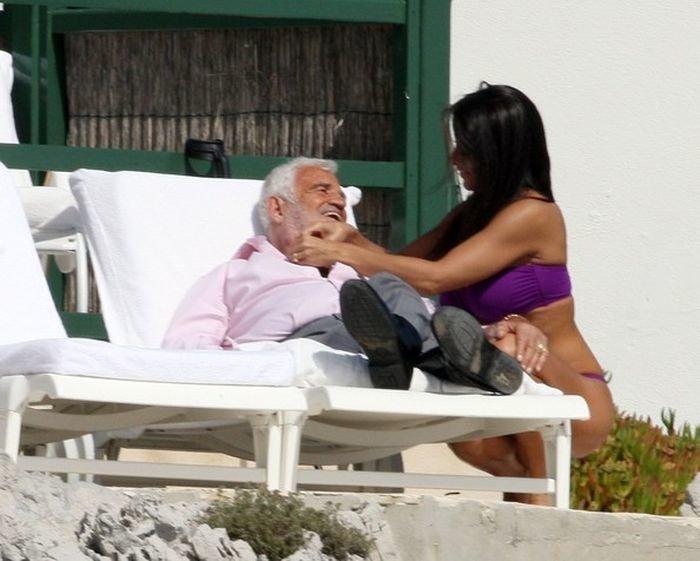 Сегодня французскому актеру театра и кино Жан-Полю Бельмондо исполняется 80 лет Бельмондо, Жан-Поль, актер, кино, театр