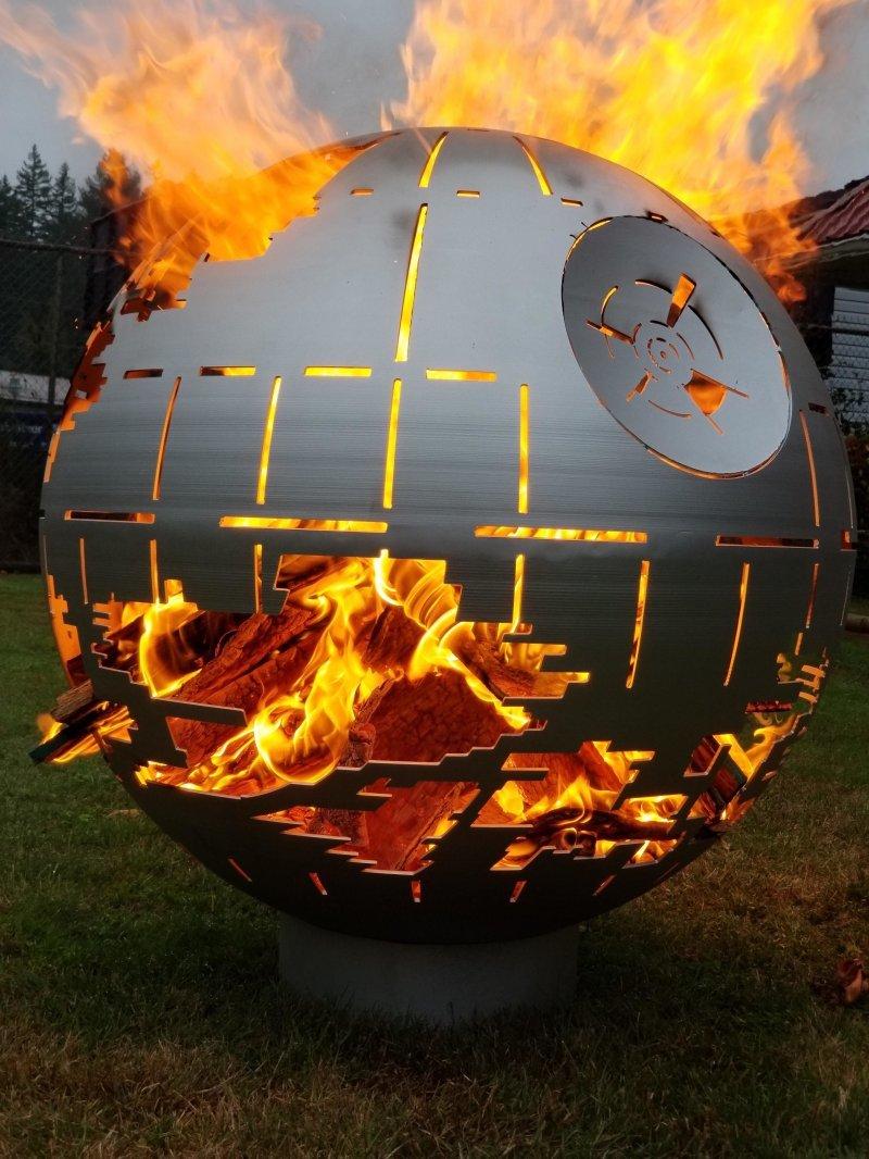 Звезда смерти в огне день, животные, кадр, люди, мир, снимок, фото, фотоподборка