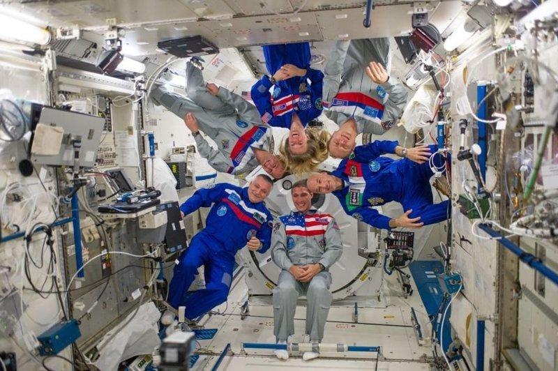 Почему космонавтам недоступна искусственная гравитация? гравитация, интересно, космонавты, космос, факты
