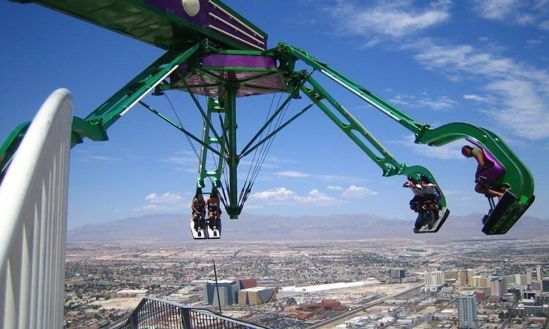 5. Отель Stratosphere в Лас-Вегасе дает возможность прокатиться над пропастью игры, игры для взрослых, идеи для развлечений, интересно, фото