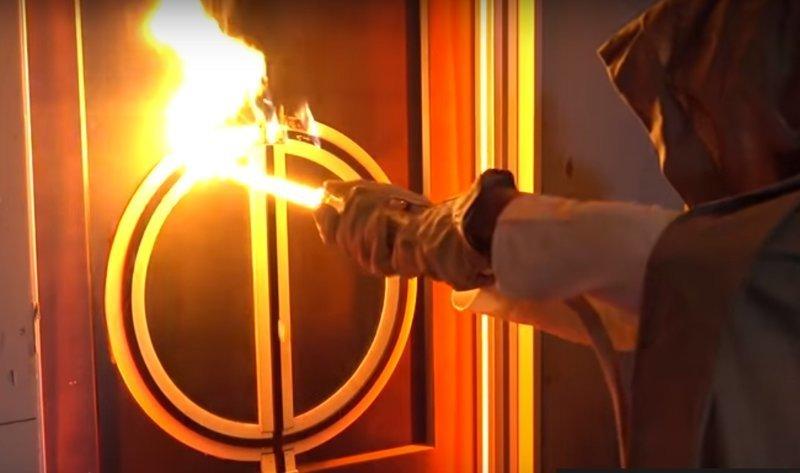 В сети появилось видео испытания настоящего светового меча ynews, Звёздные войны, видео, джедай, крутотенечка, световой меч
