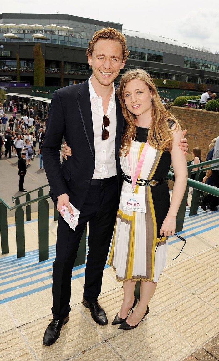 Том Хиддлстон с сестрой Эммой  актер, брат, голливуд, звезды, знаменитости, сестра, фото