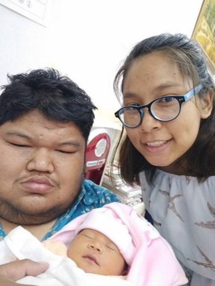 В декабре минувшего года у пары родилась дочь Любовь, вес, внешность, история, пара, свадьба, таиланд
