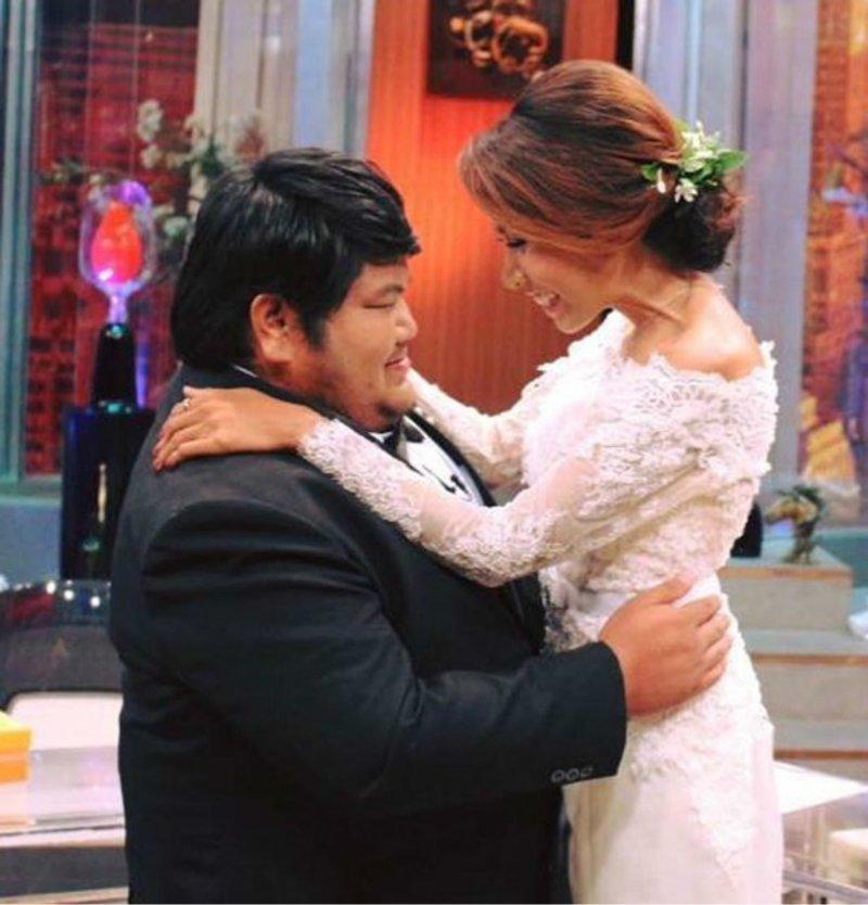 """""""Он очень заботливый. Мы все делим на двоих...и счастье, и печаль"""" Любовь, вес, внешность, история, пара, свадьба, таиланд"""