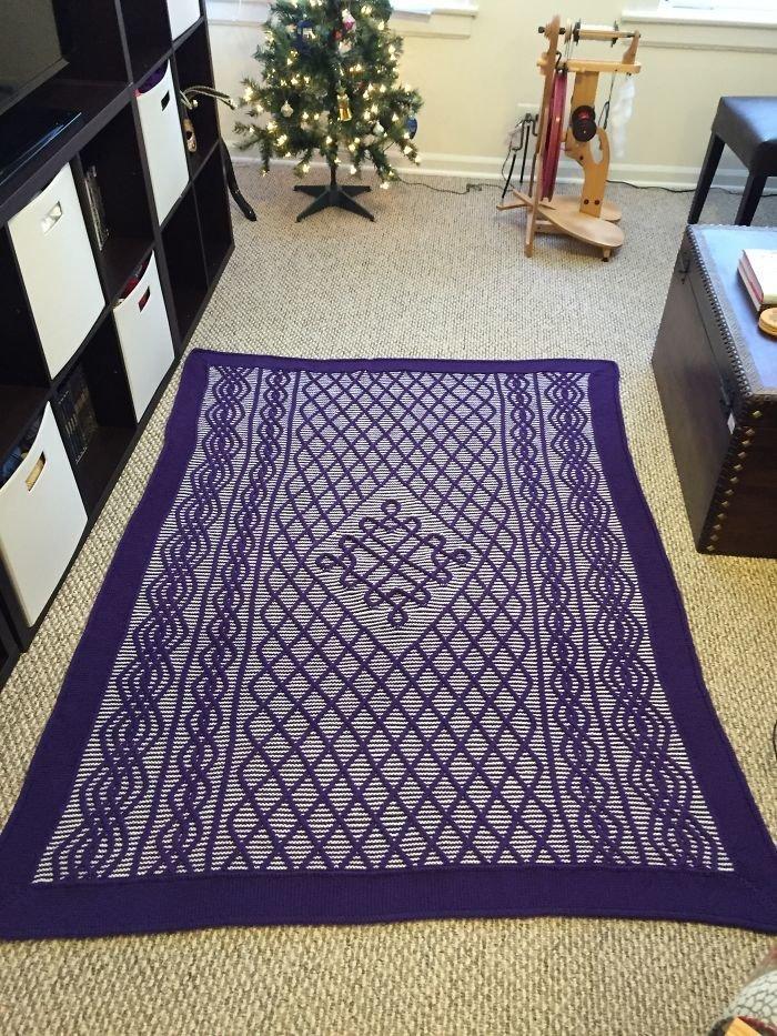 5. На вязание этого одеяла ушло 4 месяца свободного времени  идея, креатив, мастер, самоделки, своими руками, сделай сам, фото