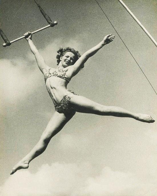 12. акробатки, гибкие, гимнастки, девушки, красиво, фото, цирк, циркачки