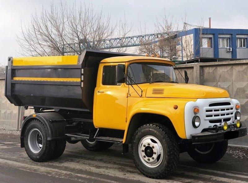 В 1963 году начался выпуск полностью нового грузовика — ЗИЛ-130 СССР, автомобили, грузовик, зил