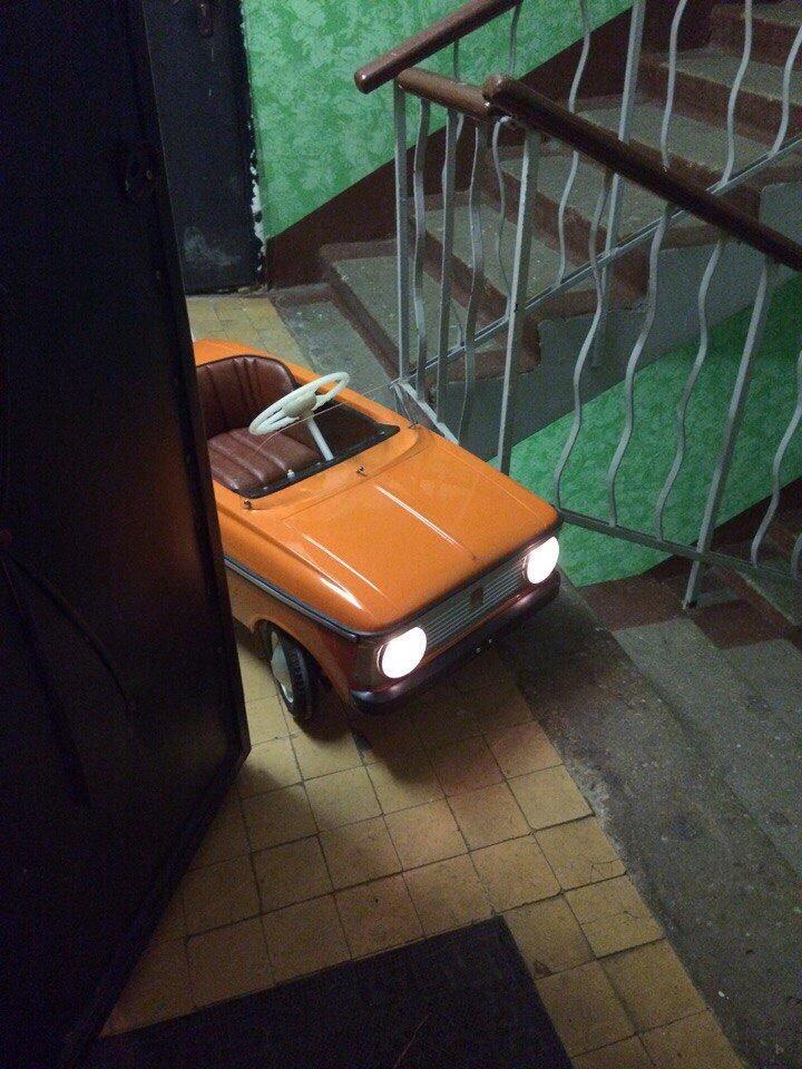Педальный «Москвич» - мой первый автомобиль авто, автомобили, восстановление, детская машинка, москвич, педальная машинка, педальный москвич, реставрация