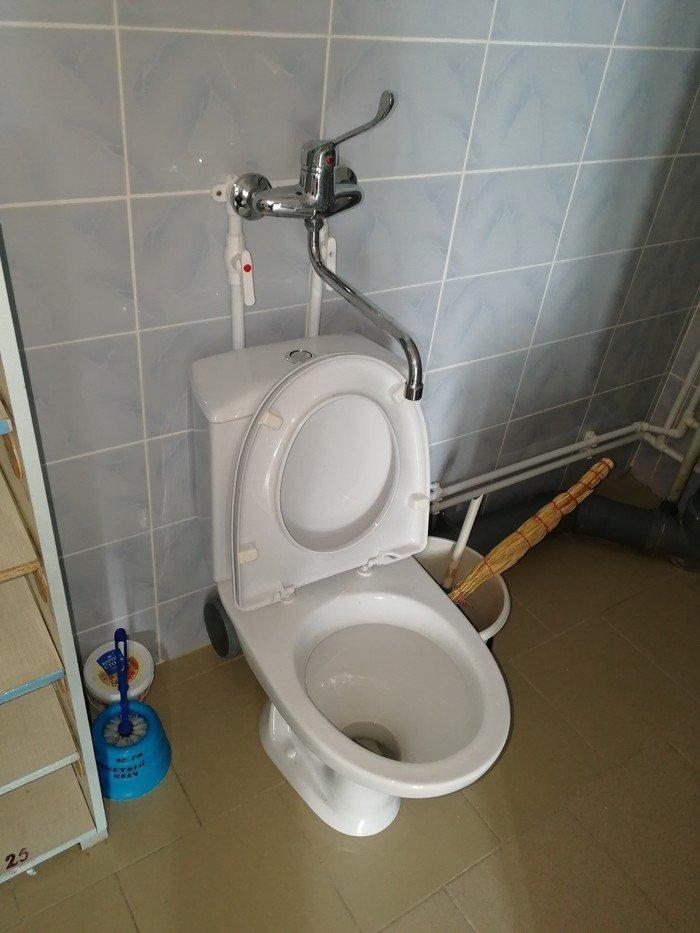 И по-большому сходил, и зубы почистил водопровод, отопление, раковина, рукожопие, сантехник, сантехника, система отопления, унитаз
