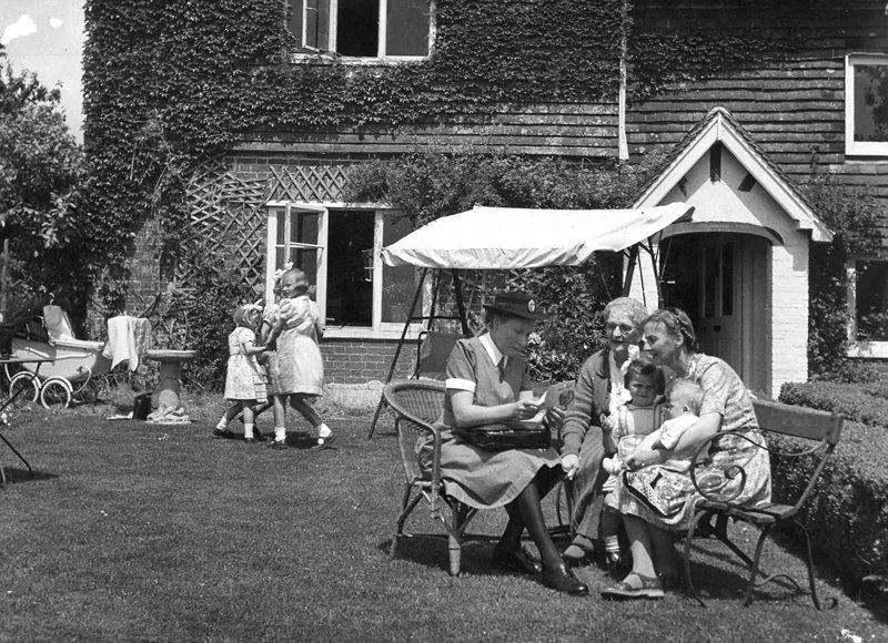 Архивные фотографии к 70-летию здравоохранения Великобритании великобритания, врачи, дата, здравоохранение, медицина, пациенты, старые снимки, старые фото