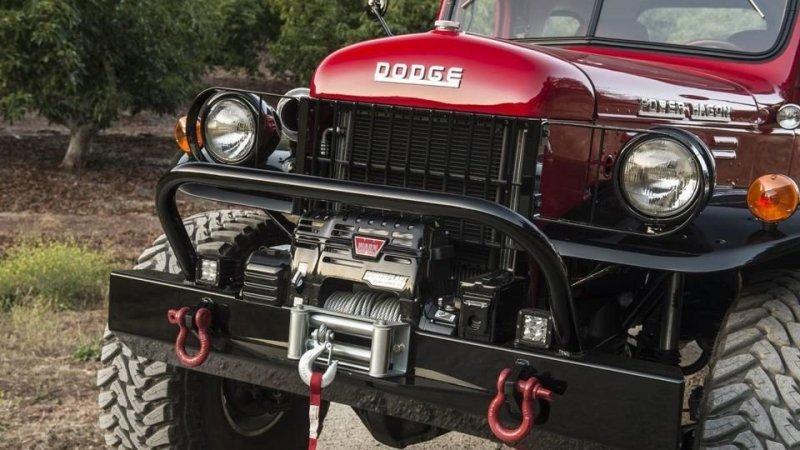 Для настоящих мужиков: 60-летние грузовики Dodge с современной начинкой dodge, авто, автомобли, внедорожник, грузовик, олдтаймер, ретро авто, тюнинг