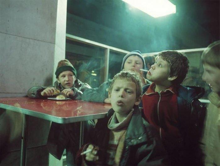 1. 90-е, 90-е годы. жизнь, 90-е молодежь, Россия 90-х, девяностые, лихие 90, лихие 90-е, фотограф