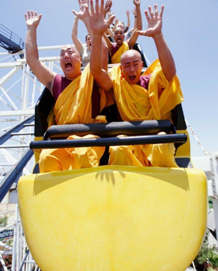 12. Шаолиньские монахи на американских горках Радость, в мире, люди, прикол, юмор