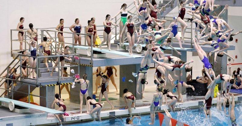 Фотограф снимает спортивные соревнования неожиданным образом, создавая невообразимый хаос Пилл Касс, люди, народ, спорт, фотограф, хаос