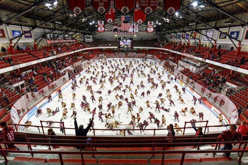 Хоккей Пилл Касс, люди, народ, спорт, фотограф, хаос