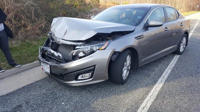 Наглядное тому доказательство – авария, произошедшая недавно в США: легендарный седан Volvo 240 столкнулся с совершенно новым Kia Optima. kia, volvo, авто, автомобили, дтп, надежность, прикол, прочность
