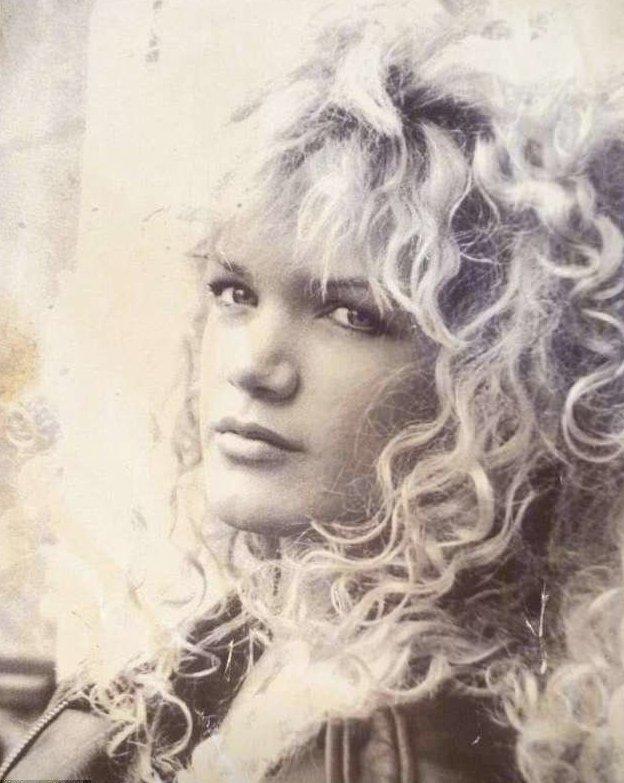 Стюарт уверяет, что не знакома с ботоксом (на снимке ей 19 лет) miss Maxim, австралия, возраст, женщина, конкурс, маты, модель, фото