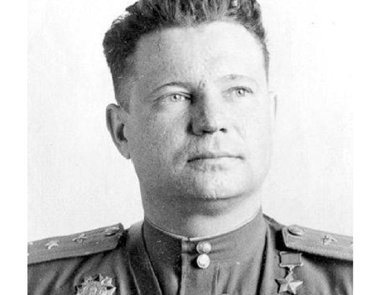 Иван Федоров: как советский летчик был награжден Гитлером и Сталиным одновременно