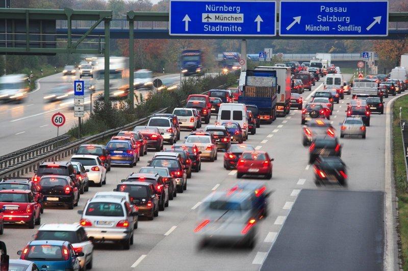 5. Быстрое движение по автобану водители, германия, пдд, пешеходы