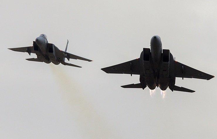 Военная операция США, Франции и Великобритании в Сирии началась великобритания, военная, операция, сирия, сша, франция