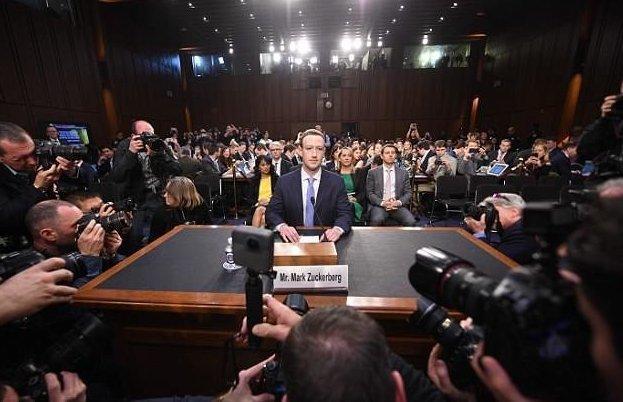 Марк Цукерберг показал свое настоящее лицо facebook, звездный аутизм, имидж, конгресс, марк цукерберг, неожиданно, подробности, фейсбук
