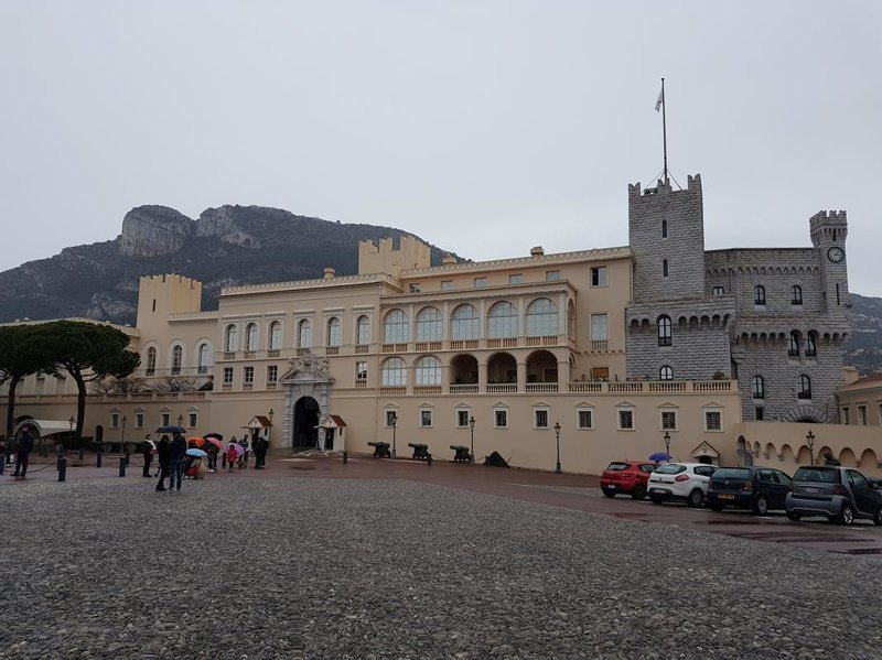 [О жизни в Монако] Как стать гражданином налогового рая и выиграть в знаменитом казино история, путешествия, факты, фото