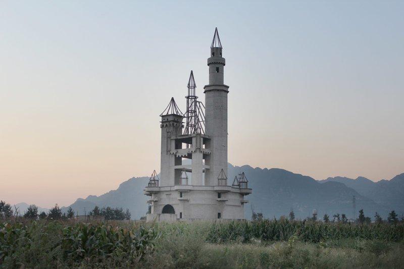 Заброшенные башни со всех уголков планеты архитектура, башни, высота, высотные здания, заброшенное, урбанистика