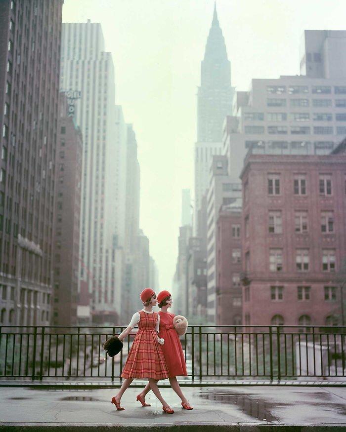 2. Девушки Нью-Йорка, 1958 г. 20 век, 20 век в цвете, 50-е, 50-е года, жизнь в Америке, жизнь в сша, старые фотографии, сша