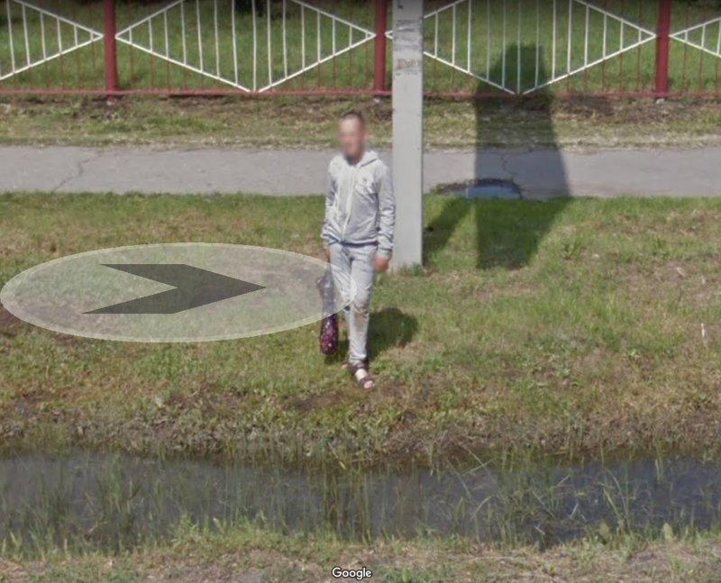 Когда перешел дорогу в неположенном месте, а тебя взяли и застукали google maps, карты, прикол, юмор, яндекс