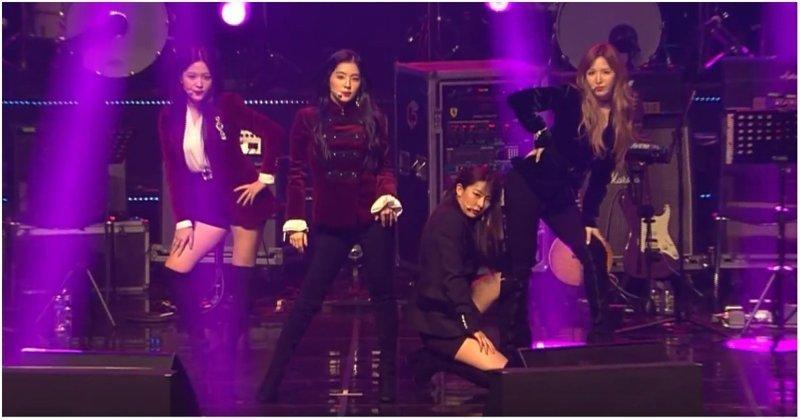 Культурный шок: реакция северокорейских зрителей на южнокорейскую поп–группу Red Velvet, ynews, видео, зрители, кндр, музыка, прикол, реакция, северная корея