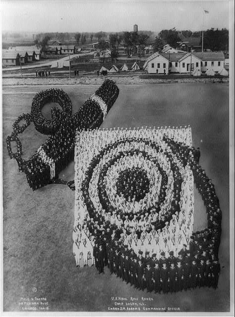 Военно-морской полигон. База Логан, 1918. Фотографы Моль & Томас инетресное, старые забавы, факты, фигуры из людей, флешмоб