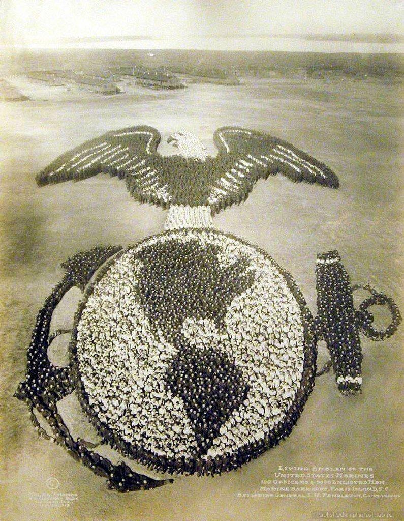 Эмблема морской пехоты США, 1919 год. 100 офицеров и 9000 рядовых морпехов. инетресное, старые забавы, факты, фигуры из людей, флешмоб