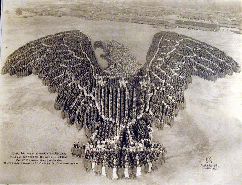 Американский орел - 12.500 человек между прочим инетресное, старые забавы, факты, фигуры из людей, флешмоб