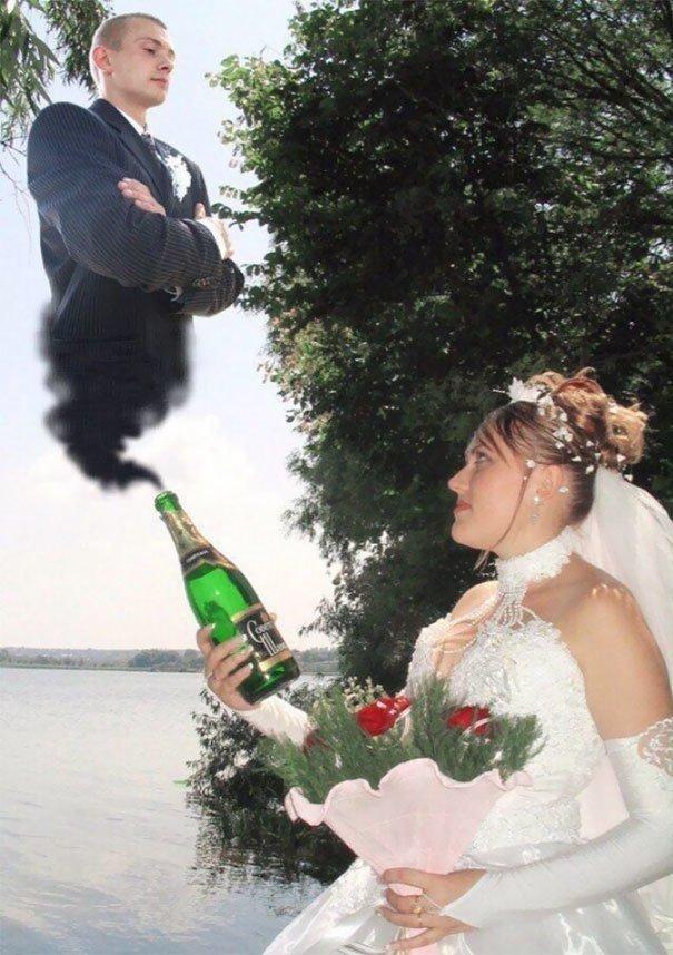 Обратите внимание — сначала она в одиночку выпила бутылку… жених, невеста, прикол, россия, свадьба, юмор