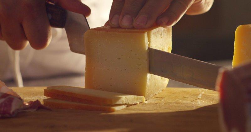 """В России могут запретить """"ненастоящий сыр"""" ynews, законопроект, сыр, сыроподобный продукт"""