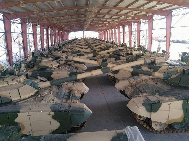 Российские танки Т-90С и ЗРПК «Панцирь-С1» прибыли в Ирак «Панцирь-С1», ЗРПК, Т-90С, ирак, танк