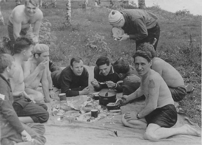2. Пикники в СССР тоже любили досуг в ссср, интересно, мужчины ссср, развлечения советских людей, фото