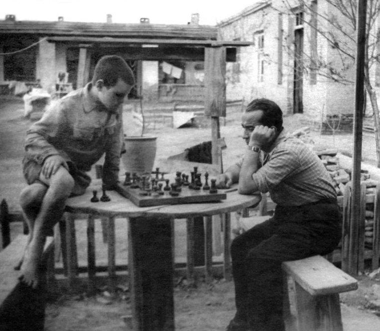 8. Не только домино пользовалось популярностью досуг в ссср, интересно, мужчины ссср, развлечения советских людей, фото