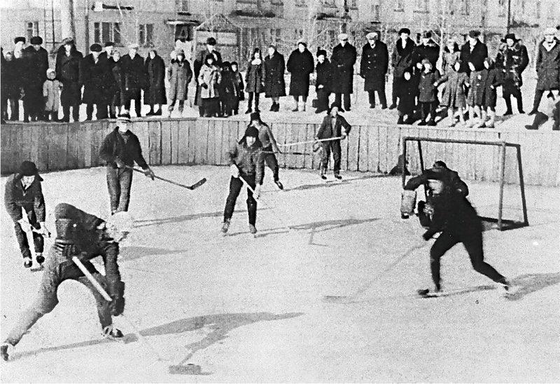 6. Любительский хоккей во дворе досуг в ссср, интересно, мужчины ссср, развлечения советских людей, фото