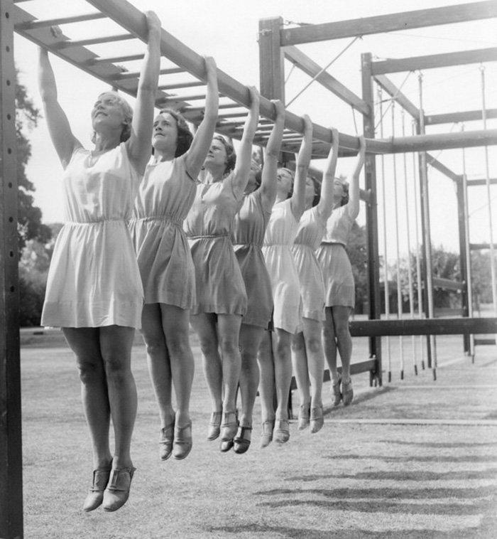 5. Физкультурницы 30-х  девушки, интересно, советские студенты, современные студенты, студентки, студенты, тогда и сейчас, фото