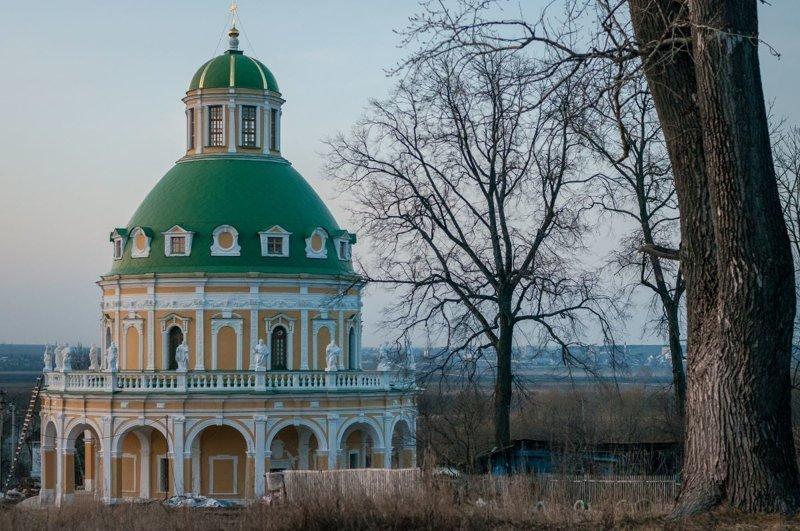 2) Знаменская церковь в усадьбе Дубровицы путешествия, факты, фото