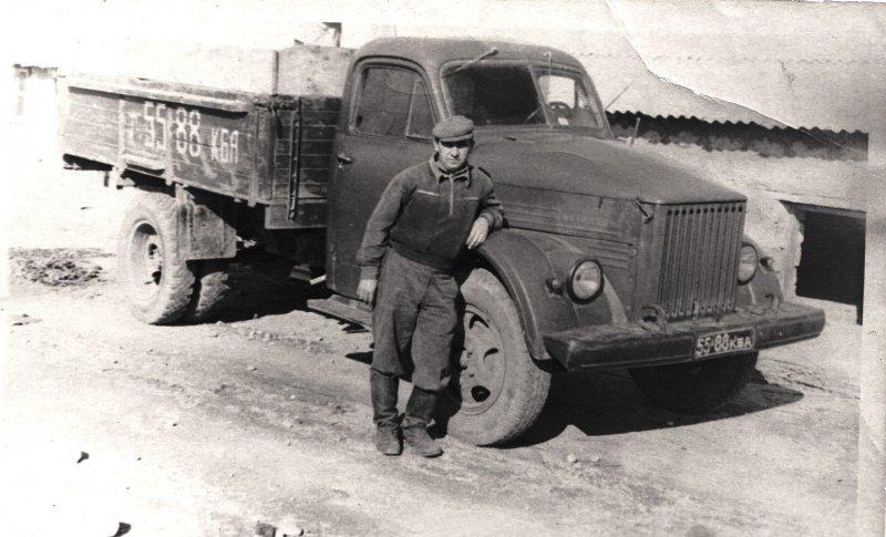 ГАЗ 51-го семейства — в свое время самый распространенный грузовой автомобиль на одной седьмой части суши. СССР, авто, автомобили, олдтаймер, ретро авто, ретро фото, советские автомобили