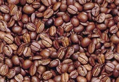 3. Можешь ли ты найти лицо человека среди кофейных бобов? забавно, мозг, обман зрения, оптические иллюзии, прикольно